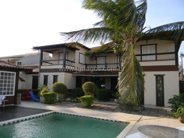 Mansão com 1058 m², total infraestrutura, no condomínio mais luxuoso da região