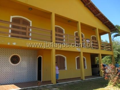 Casa independente, a 150 m da Lagoa de Araruama, em terreno de 660 m²