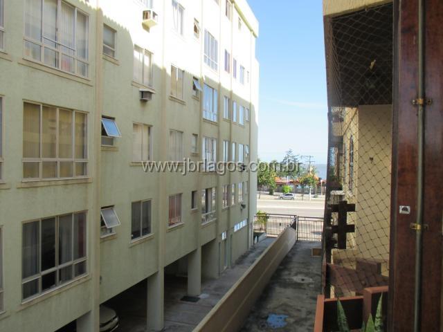 Apartamento com vista Mar, em prédio frontal a Lagoa de Araruama