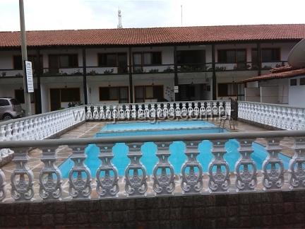 Casa linear em condomínio a 400 m da praia do Peró