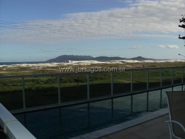 Apartamento de alto padrão de frente para o mar, linda vista, amplo, ótima localização
