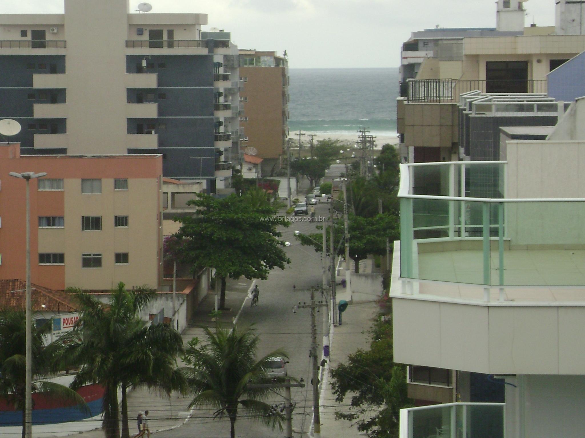 Cobertura perto da Praia do Forte e comércio com vista lateral Mar