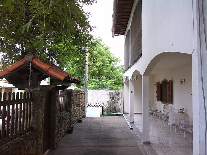 Casa independente residencial ou comercial no coração da cidade, no Centro