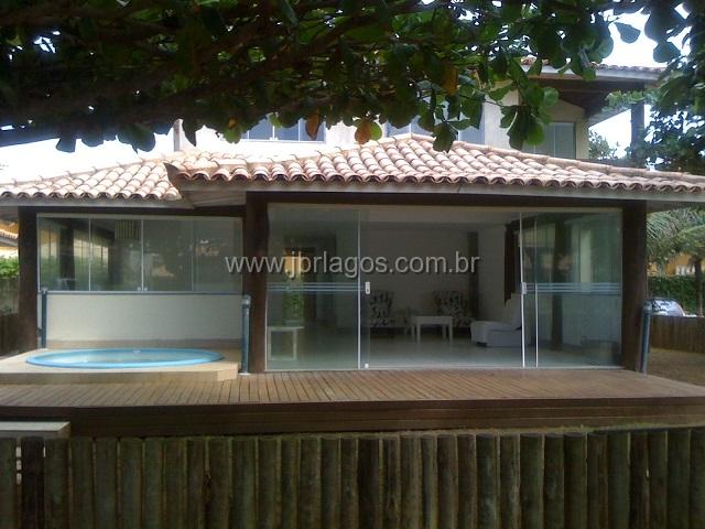 Aconchegante casa com piscina privativa com linda vista Mar (pé na areia)