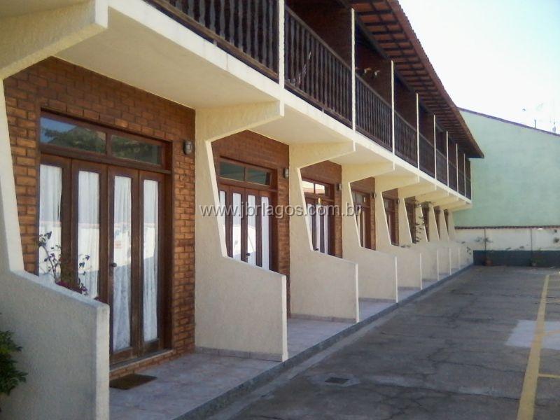 Casa em condomínio próximo a Praia e ao Shopping do Peró