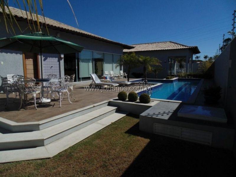 Luxuosa Casa independente e linear, estilo mansão, bairro nobre, a 5 minutos do Centro de Cabo Frio, Canal e Shopping