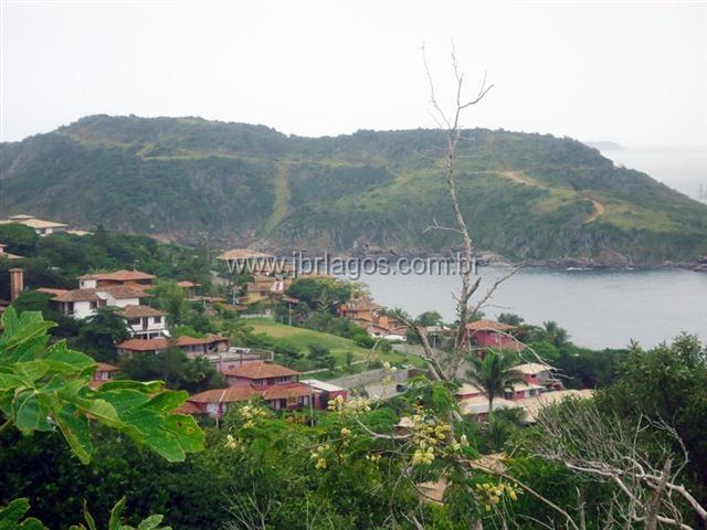 Terreno com vista livre para a Praia da Ferradura em excelente localização
