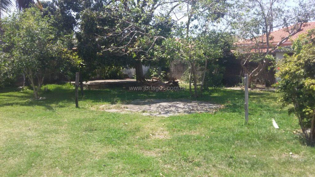 Terreno em área nobre perto do Canal Itajuru e Shopping, estando a cinco minutos do Centro de Cabo Frio