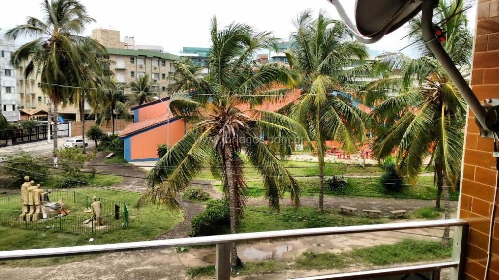 Apartamento em frente a Praia do Forte entre o Teatro Municipal e a Praça da Cidadania, ideal para moradia ou investimento