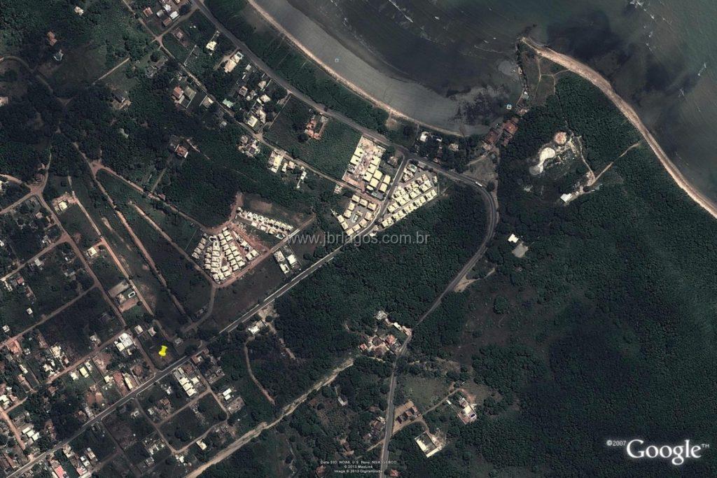 Excelentes terrenos lineares perto da praia da Rasa, ideal para para construtores com projeto já aprovado de 12 casas