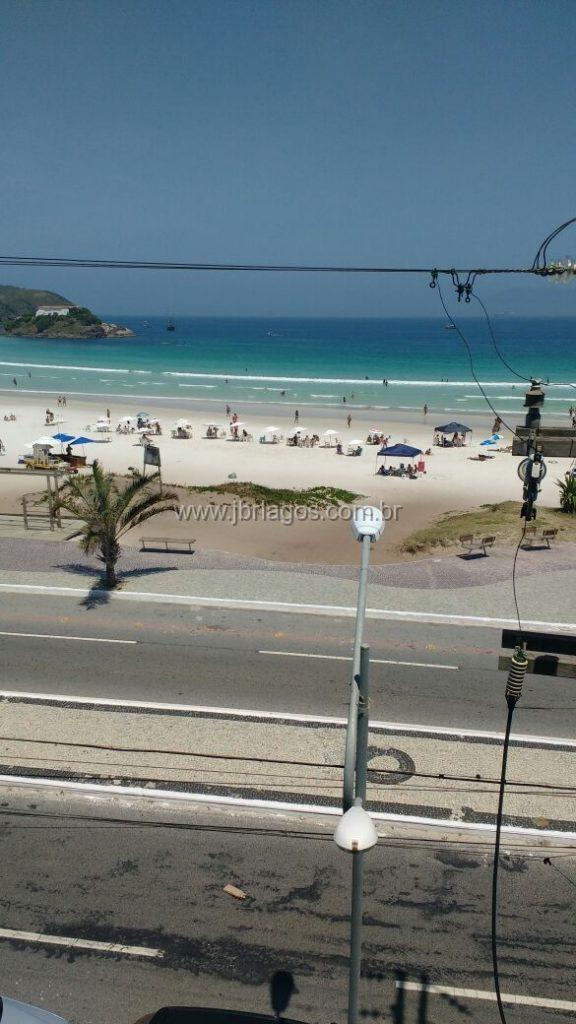 Amplo Apartamento de alto luxo frontal a Praia do Forte com vista privilegiada (quase dentro da praia)