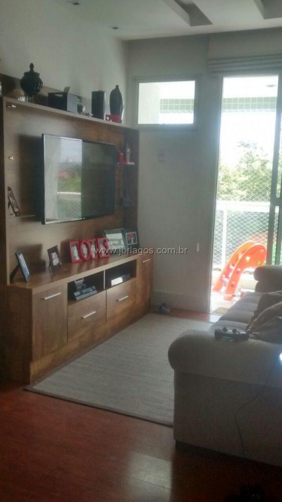 Lindo apartamento com mobília planejada, ótima localização, perto de variado comércio, rodoviária e Extra 24 h