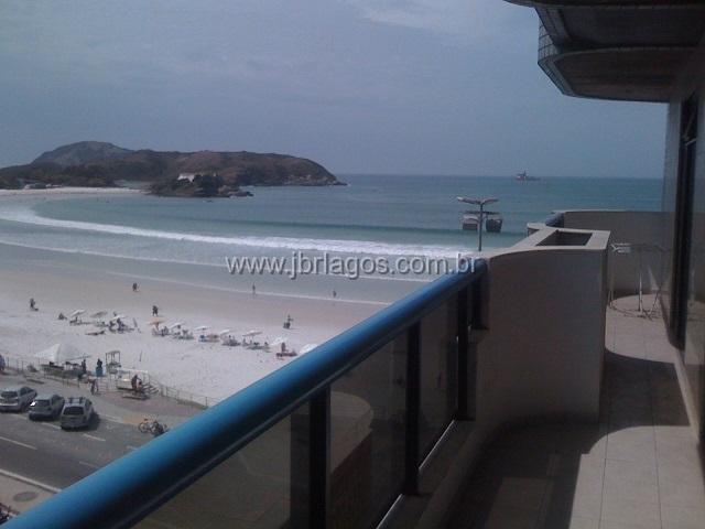 Lindo e amplo apartamento com maravilhosa vista Mar da praia do Forte, em localização privilegiada