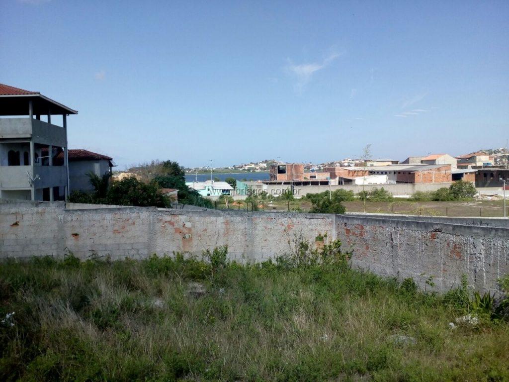 Terreno com 1.200 m² todo murado e plano, perto das principais vias de acesso