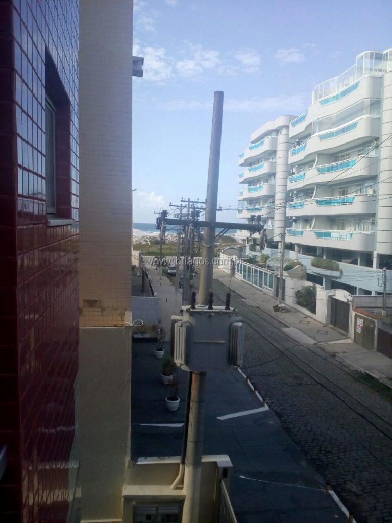 Apartamento bem próximo da Praia, vista mar Lateral, dependência, prédio com total infraestrutura