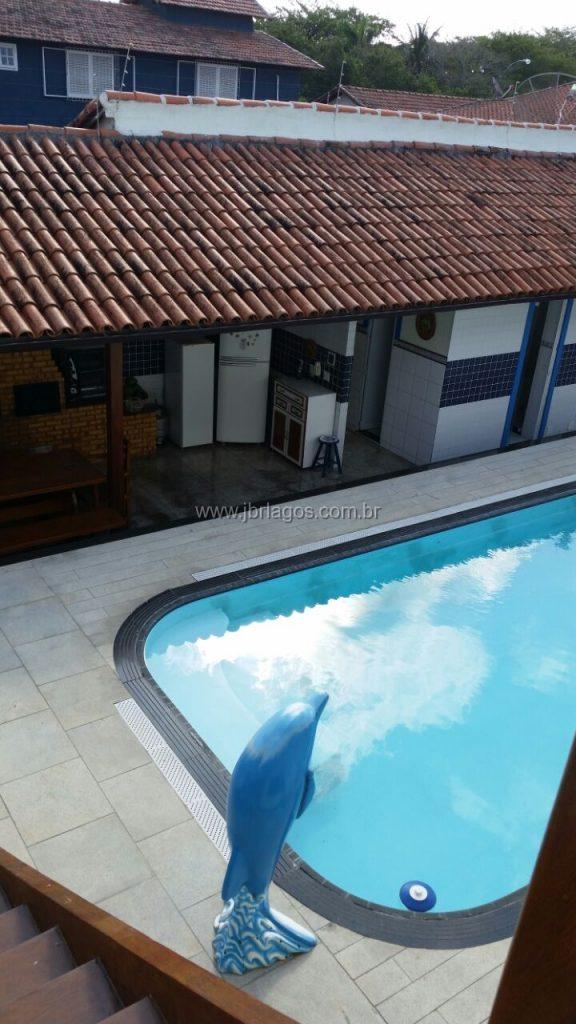 Luxuosa casa independente, ampla, com área de lazer completa, bairro nobre, a 150 m do Canal, perto do Shopping e Centro