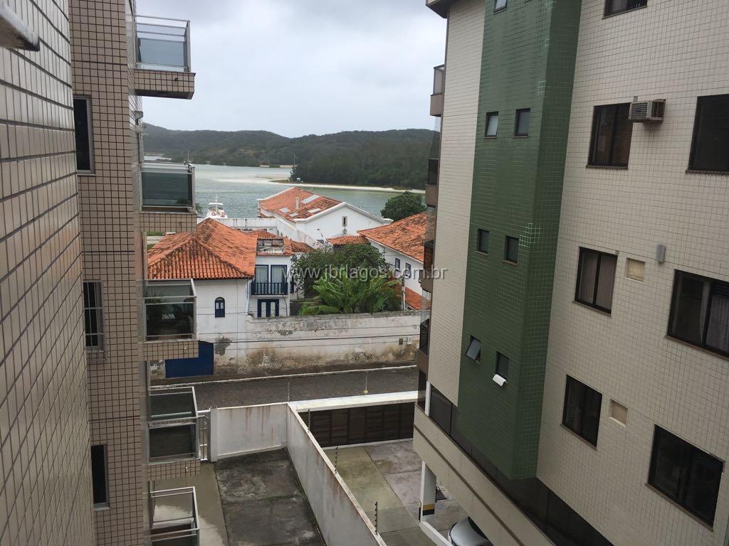 Ótima cobertura com linda vista Mar e da Ilha do Japonês, em localização privilegiada, perto da Praia do Forte e Centro de Cabo Frio