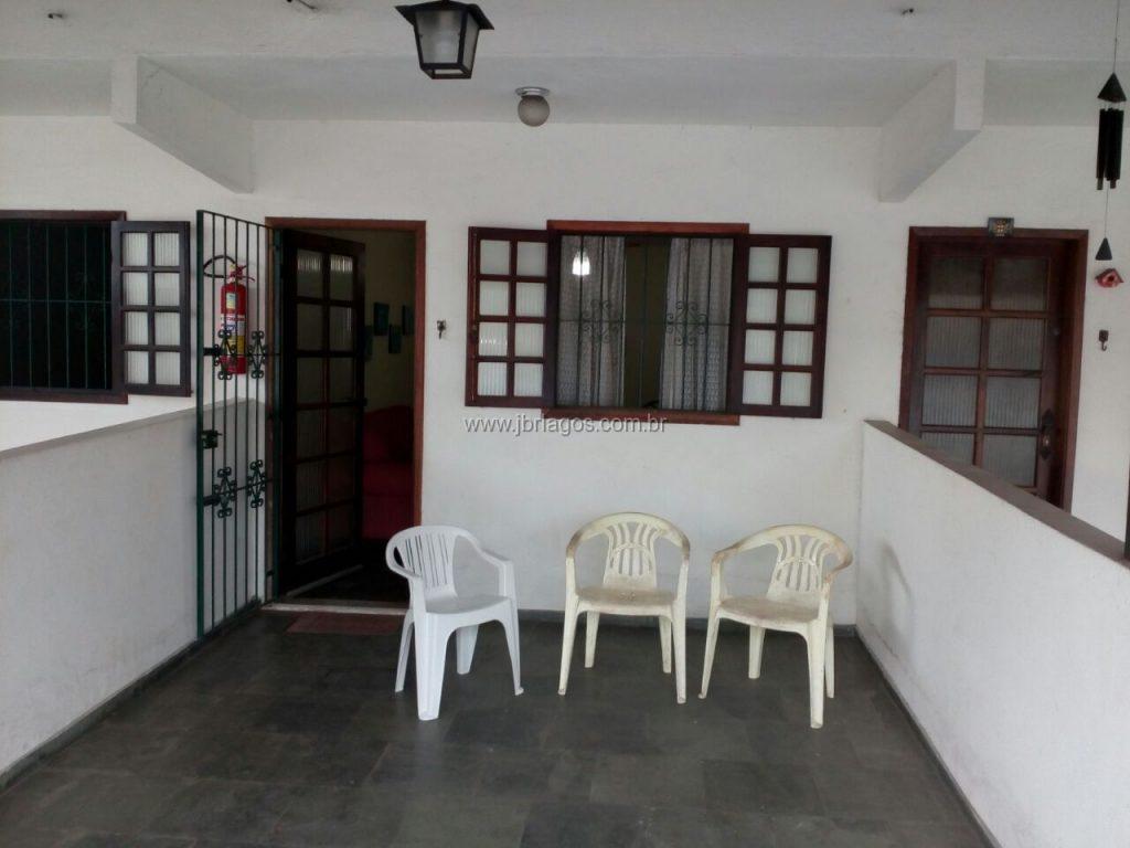 Casa com entrada independente a 50 m da Rodoviária e Extra 24 h