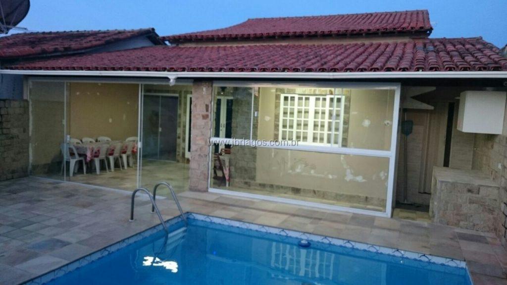 Linda e ampla casa com área de lazer, a 10 minutos de  de São Pedro da Aldeia e Cabo Frio