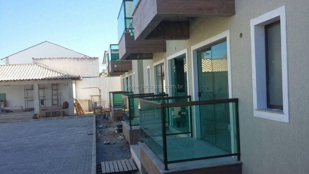 Lançamento de casas na segurança de um condomínio, em bairro nobre, perto do Shopping, comércio e condução