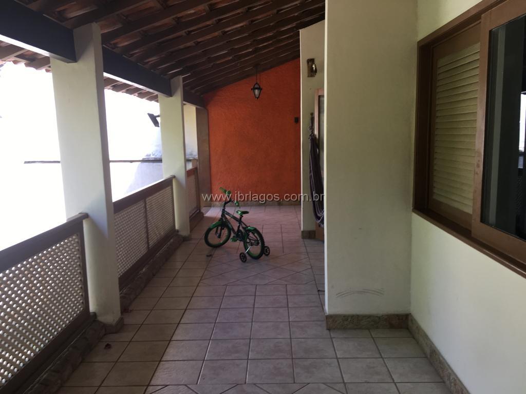 Ótima casa tipo apartamento, bairro nobre, perto do Centro de Cabo Frio, Canal Itajuru, e Shopping Park Lagos