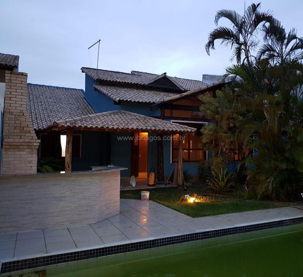 Duas lindas casas independentes pelo preço de uma, amplas, fino acabamento, bairro nobre, perto do Canal, Centro e shopping