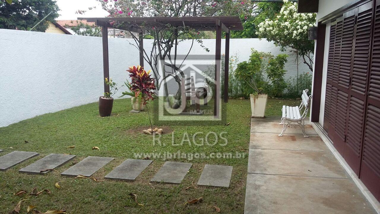 Casa independente e linear, maravilhoso terreno de esquina de 1275 m², perto da Shopping e Lagoa