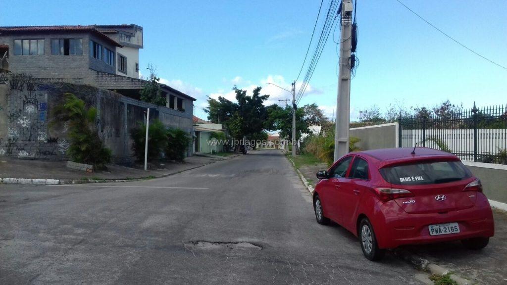 Ótimo terreno de esquina, rua da Praia (quase pé na areia), perto de amplo comércio, podendo ser comercial ou residencial