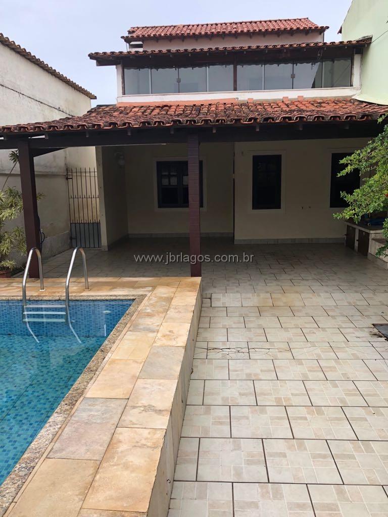 Casa independente, área gourmet com piscina, ótima localização, perto do Centro, comércio e condução