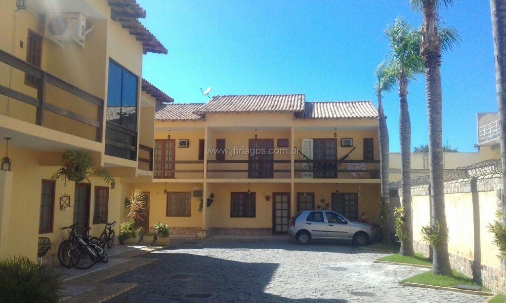 Ótima casa em aconchegante condomínio com infraestrutura, ótima localização, perto da Lagoa e Shopping