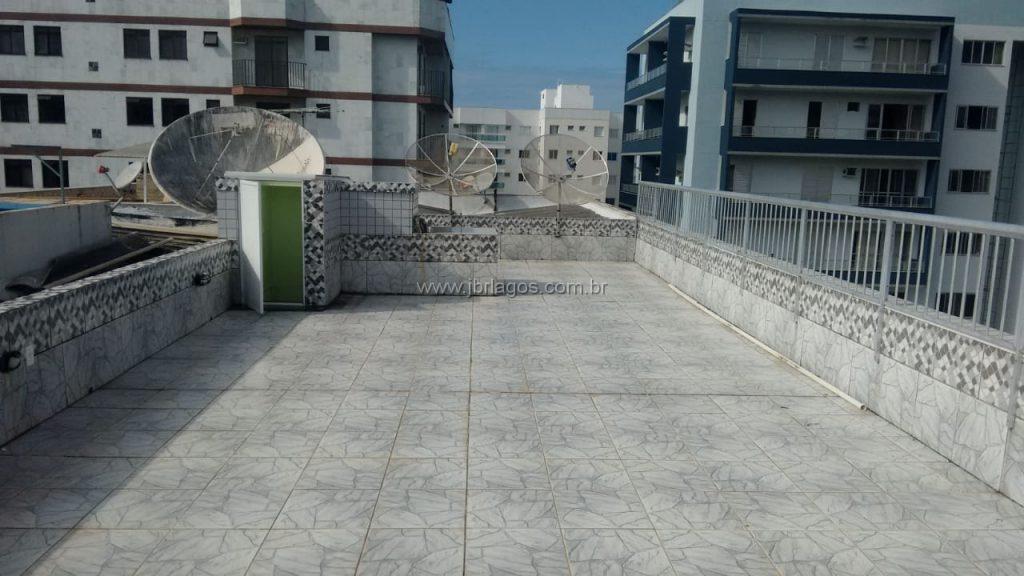 Amplo apartamento frontal, com terraço, ótima localização, próximo a Praia
