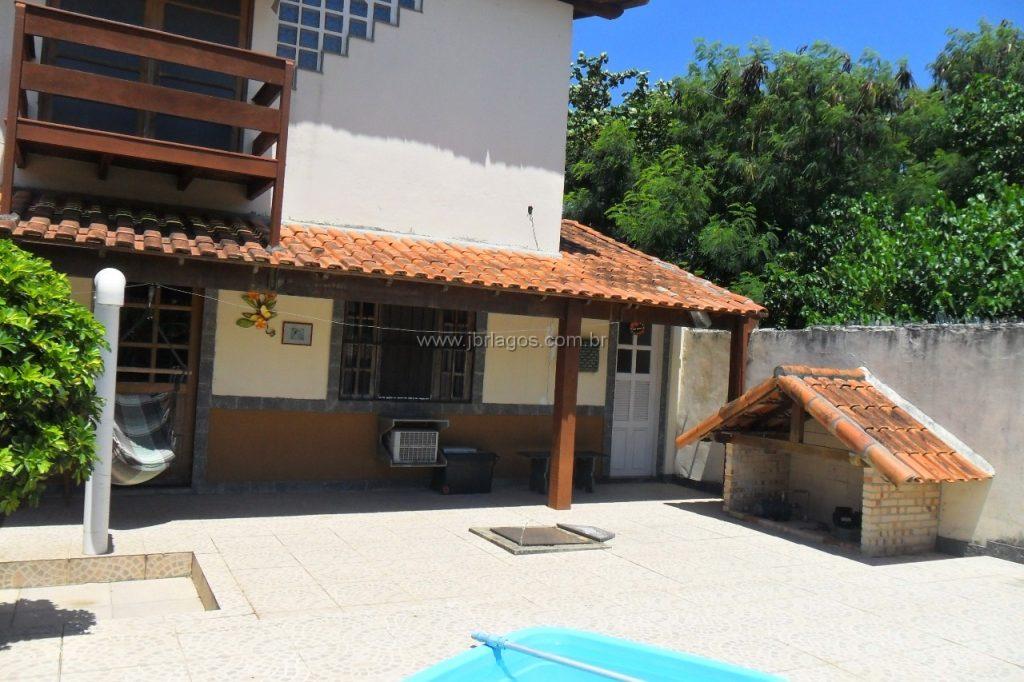Casa independente para residencia ou comércio, com mais 2 edículas ,1 loft e área de lazer completa