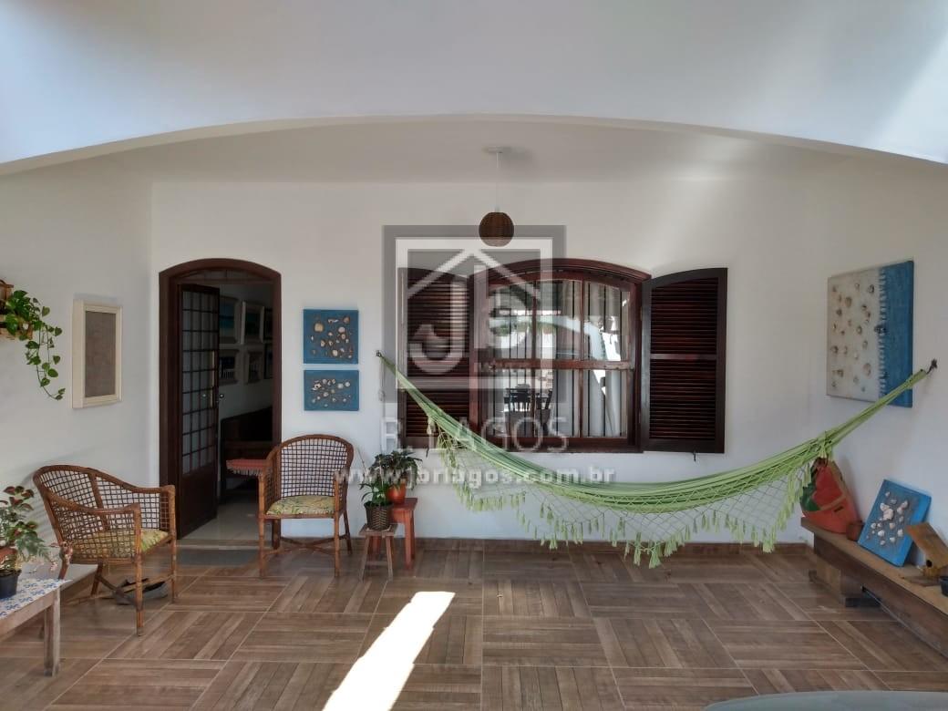 Excelente casa independente, apenas 100 m do Extra e 600 m da Praia, no Braga em Cabo Frio