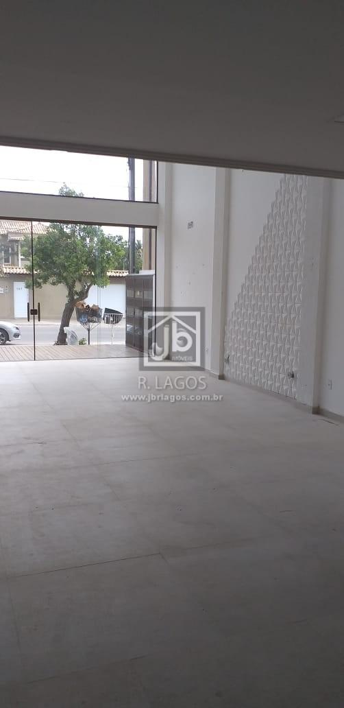 Loja de 215 m², frontal a rua principal de grande circulação, bem próximo ao Shopping e amplo comércio