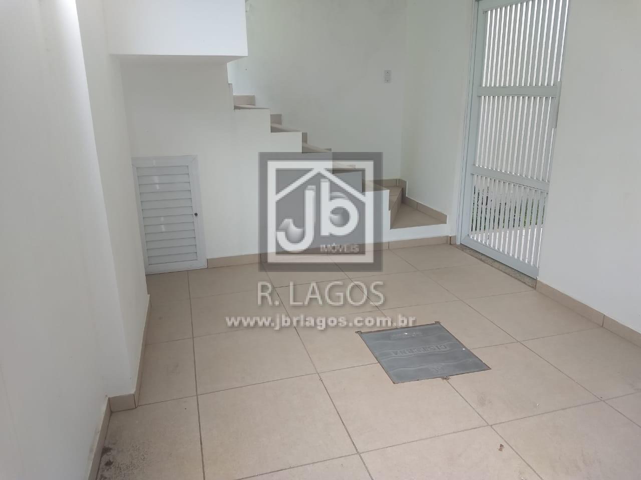 Casa independente, nova e linear, em estado de 1º locação,  perto da Lagoa das Palmeiras e Shopping Park Lagos