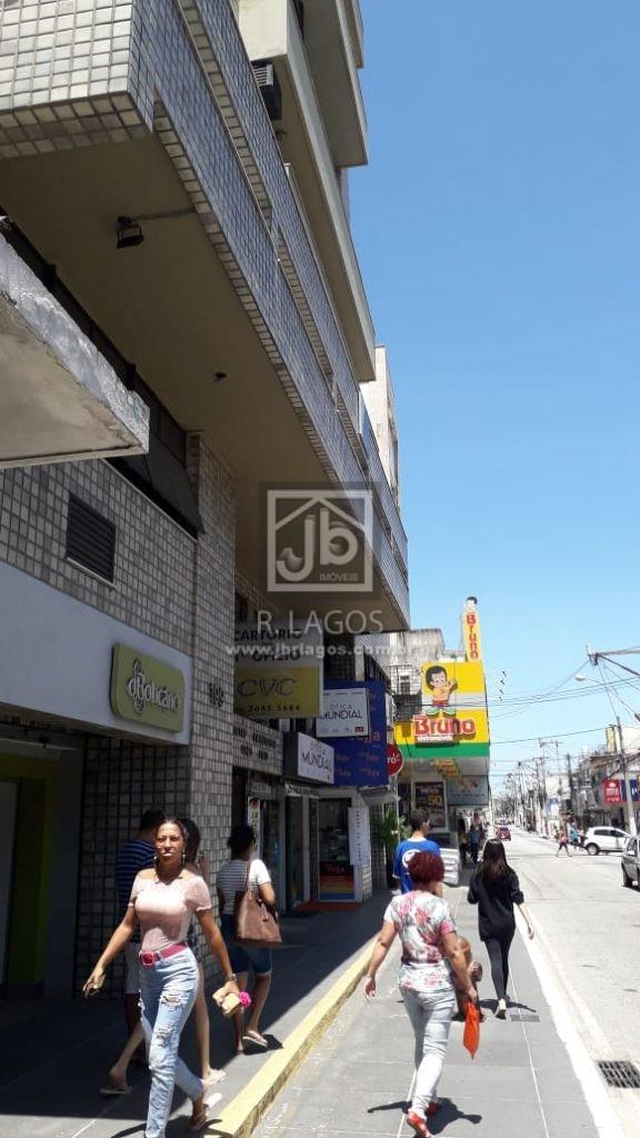 Ampla Loja na principal rua do Centro de Cabo Frio, coração da cidade, frontal, local de alta valorização