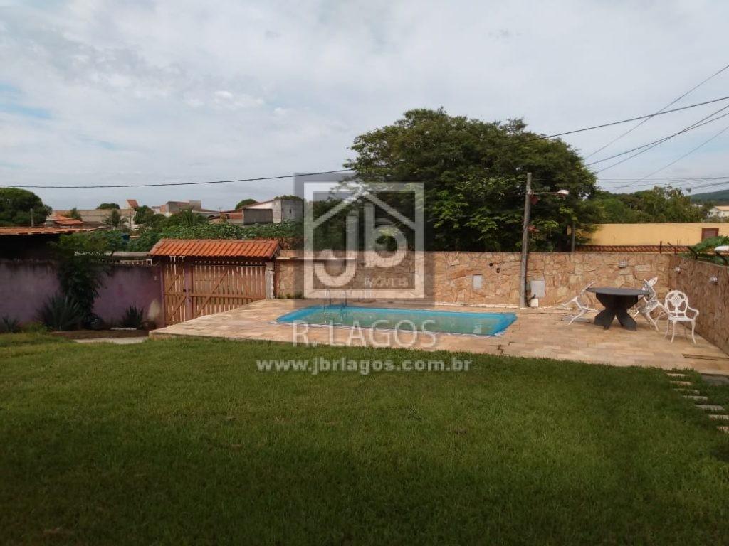 Casa independente, total de 650 m², área de lazer, documentação ok, perto das vias de acesso e dos Bombeiros