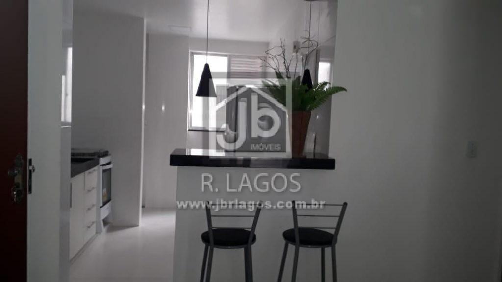 Amplo apartamento, claro, porcelanato, moderno, móveis planejados