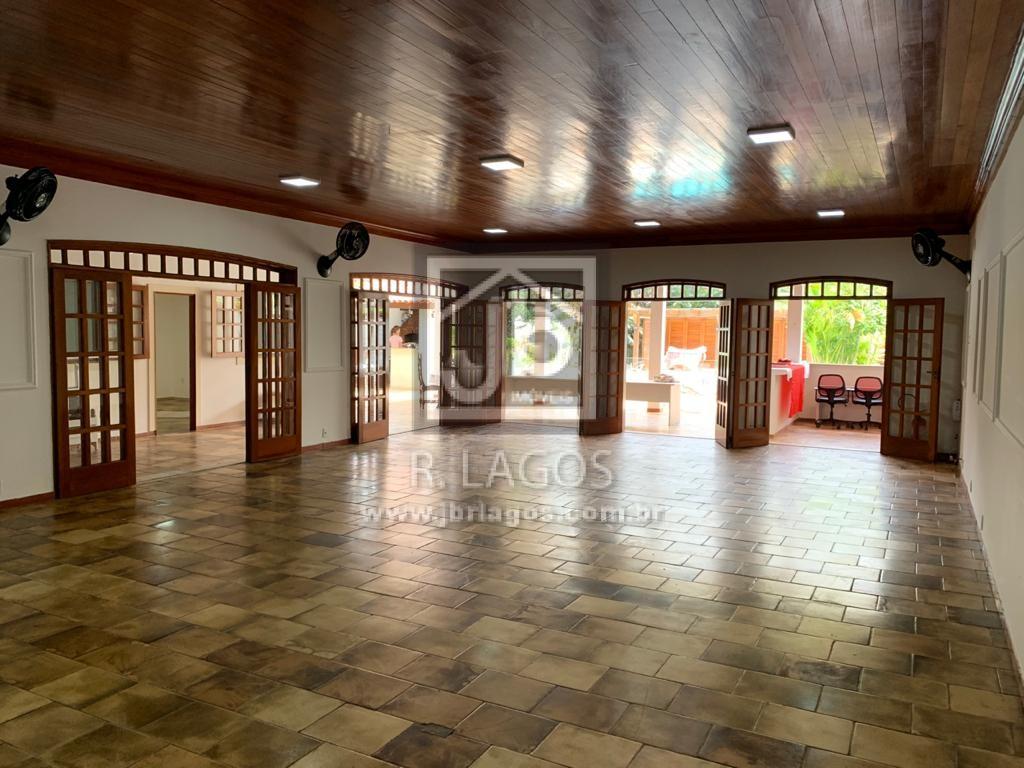 Excelente espaço para diversos fins comerciais, área nobre, localização privilegiada