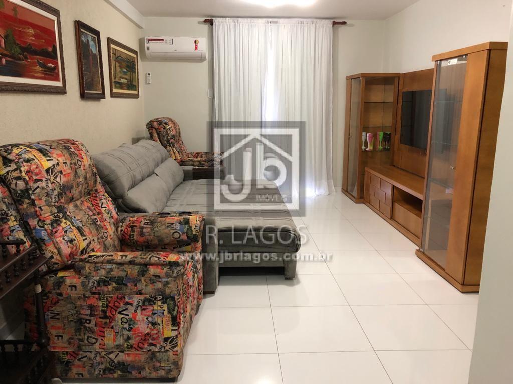 Apartamento de 156 m² mobiliado, no Centro, a pé para a Praia do Forte e amplo comércio