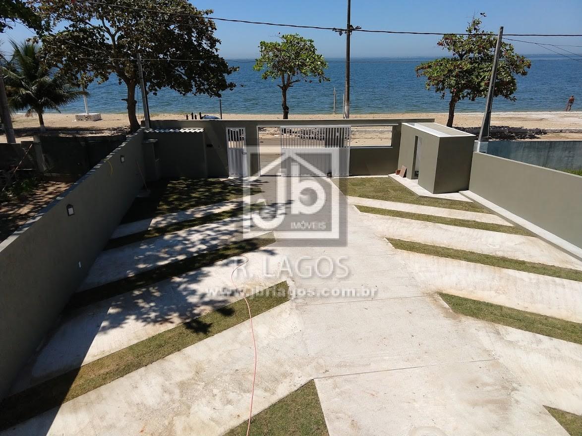Lindo apartamento com fino acabamento, frontal a Lagoa em Praia Linda, pé na areia, em São Pedro da Aldeia